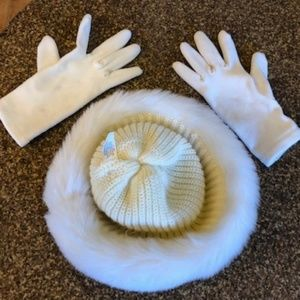 Isotoner Winter White Furry Hat & Gloves Set